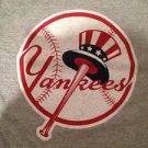 MLB New York Yankees Mens Size X-Large Tshirt