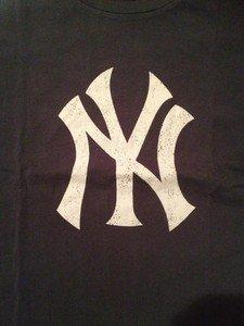 MLB New York Yankees Mens Size Large Tshirt