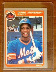 DARRYL STRAWBERRY New York Mets 1985 Fleer card