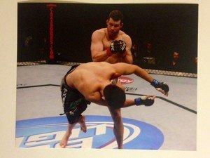 UFC MMA NATE MARQUARDT KOs Maia 8x10 photo