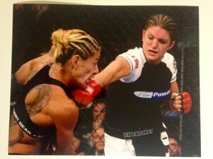 UFC WMMA hot sexy Legend GINA CARANO punches Cyborg 8x10 photo