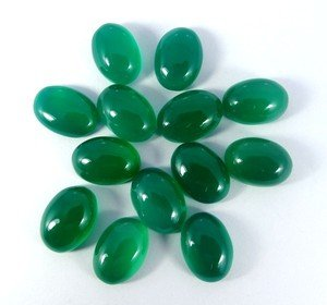 Certified Lot of 25 Pieces AAA Quality Green Onyx 7x5 M.M. Oval Cabochon Calibarated