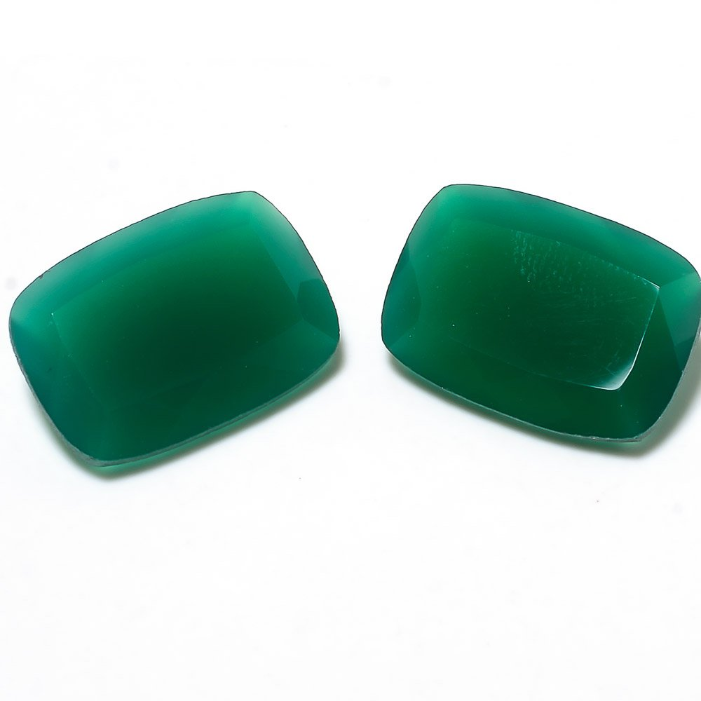 Certified Natural Green Onyx AAA Quality 10�14 mm Faceted Cushion 2 pcs