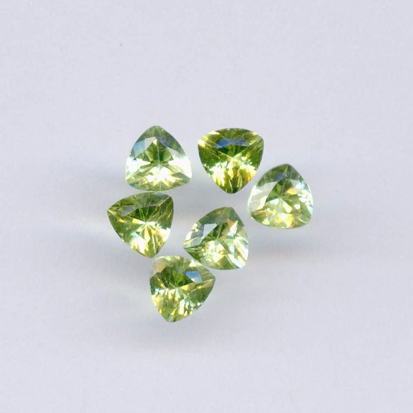 Certified Natural Peridot AAA Quality 4.5 mm Faceted Trillion 5 pcs lot