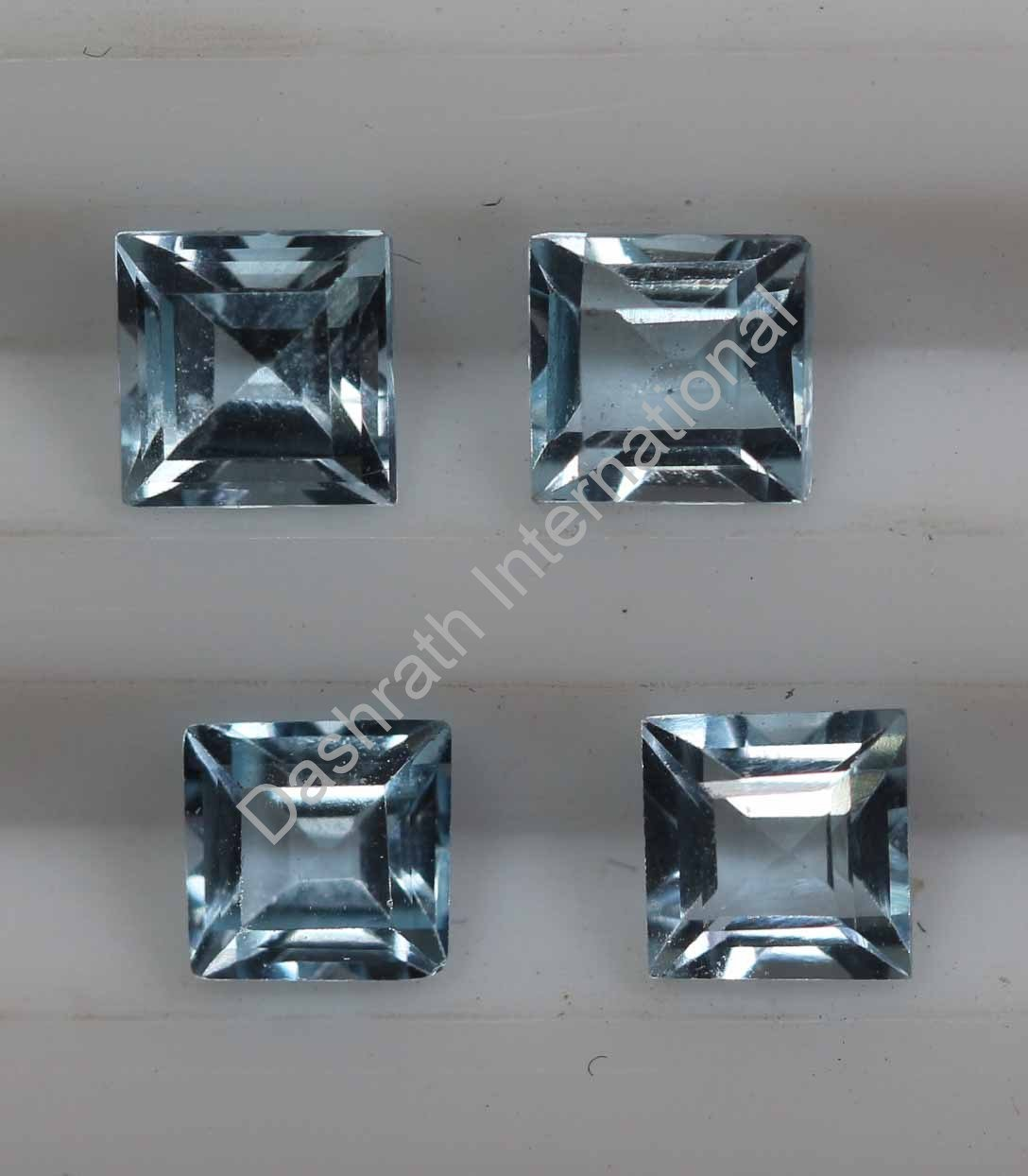 4mm  Natural Sky Blue Topaz Faceted Cut Square 50 Pieces Lot   Top Quality Loose Gemstone