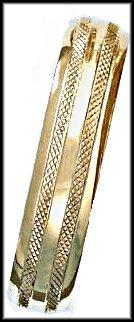 Bangle Bracelet In Gold  Layering  BNB-48