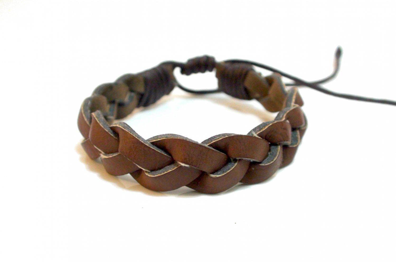 Fashion Twist Weave Leather Bracelet (Brown)