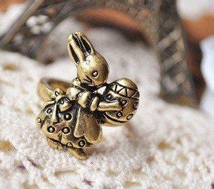 Vintage Easter Rabbit Ring