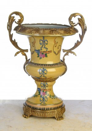 ANTIQUE STYLE HAND PAINTED PORCELAIN URN WITH DESINED BRASS AND BRONZE