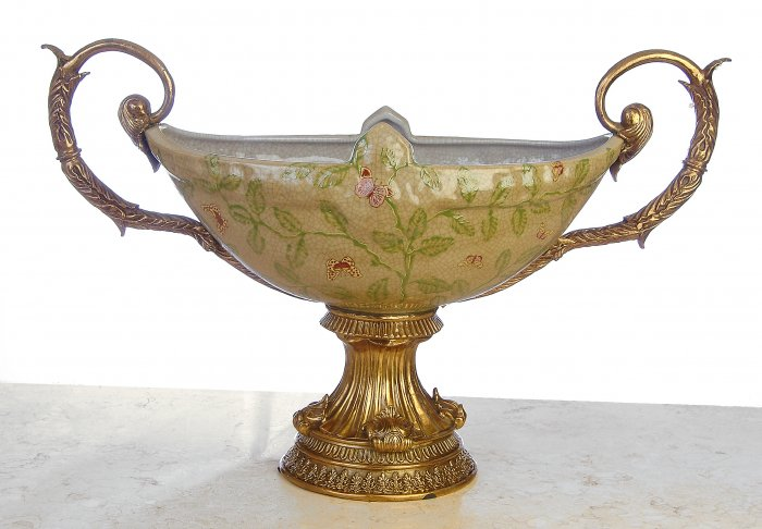 PORCELAIN HAND PAINTED BOWL WITH ANTIQUE STYLE SOLID BRASS