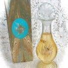Avon Sea Fantasy Bud Vase  Skin-So-Soft Bath OilDecanter 6 fl. oz.