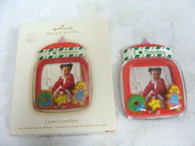 Avon Hallmark Keepsake Christmas Ornament I Love Grandma - (NEW)