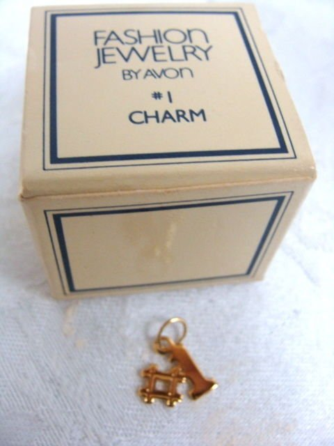 Avon #1 Fashion Jewelry Gold Plated Charm Vintage
