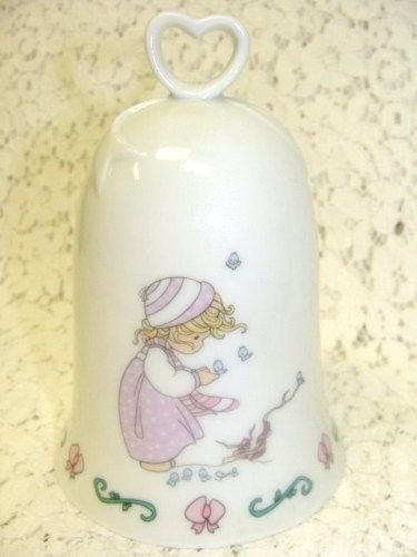 PRECIOUS MOMENTS CERAMIC PORCELAIN BELL WINTERS SONG