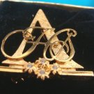 Avon Goldtone Honor Society Club Brooch Pin 1992