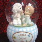Precious Moments Jesus Loves Me Music Waterglobe