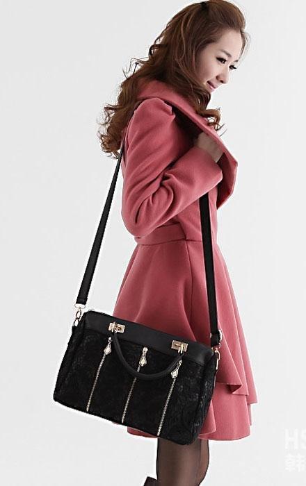 LLace Sexy Shoulder Bag (handbag) (Black/White/Beige)