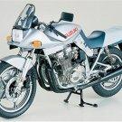 Tamiya 16025 SUZUKI GSX1100S KATANA BIKE