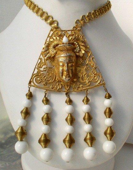 JEANNE Vintage ASIAN Milk Glass RHINESTONE Necklace