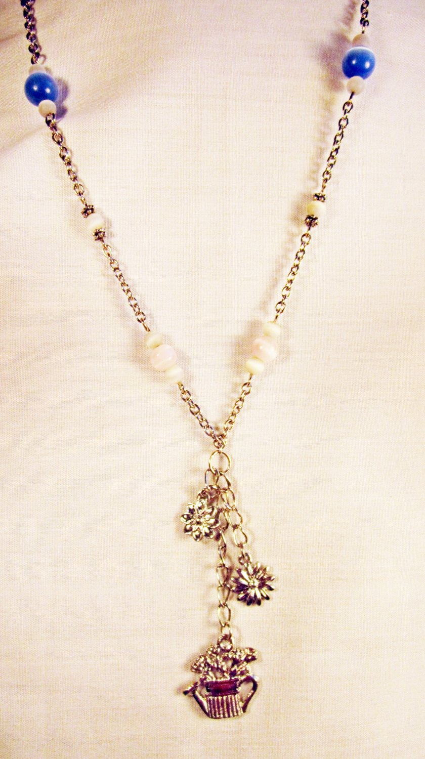 N11 - pastel colored beaded necklace