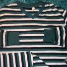 Rocawear long sleeve V neck T shrit black white stripe long sleeve V neck L XL