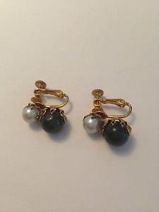 Miriam Haskell Vintage Petite Faux Jade And Pearl Earring