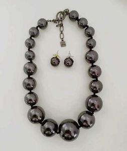 Oscar De La Renta Glass Bead  Necklace And Earring Set