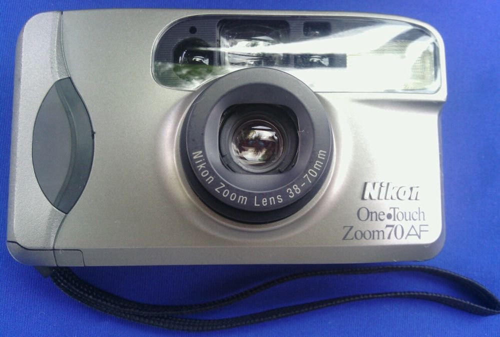 NIKON ONE�TOUCH ZOOM 70AF 35mm Camera, 38-70mm Zoom Lens**PLEASE READ