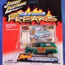 2005 - 55 Ford Panel Delivery - Street Freaks - Johnny Lightning - Die-cast Metal Cars