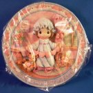 1995 - Enesco - Precious Moments - Girl With Hearts - Sculpted Collector Plate