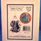 2004 - The Memory Company - Dallas Cowboys - Olde World Santa Ornament Collection