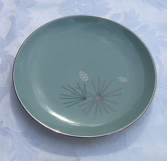 Franciscan Silver Pine plate 7 inch