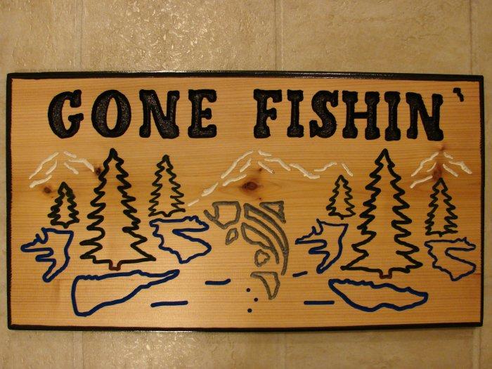 """Large """"Gone Fishin'"""" Wood Sign"""