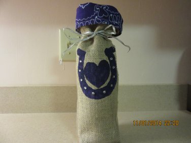 "Horseshoe Wine Bags  6"" x 15"",Burlap Wine Bags, Party Wine Bags, Wedding Wine Bags or Centerpieces"