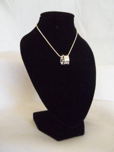 Silver Barrel Pendant & Necklace