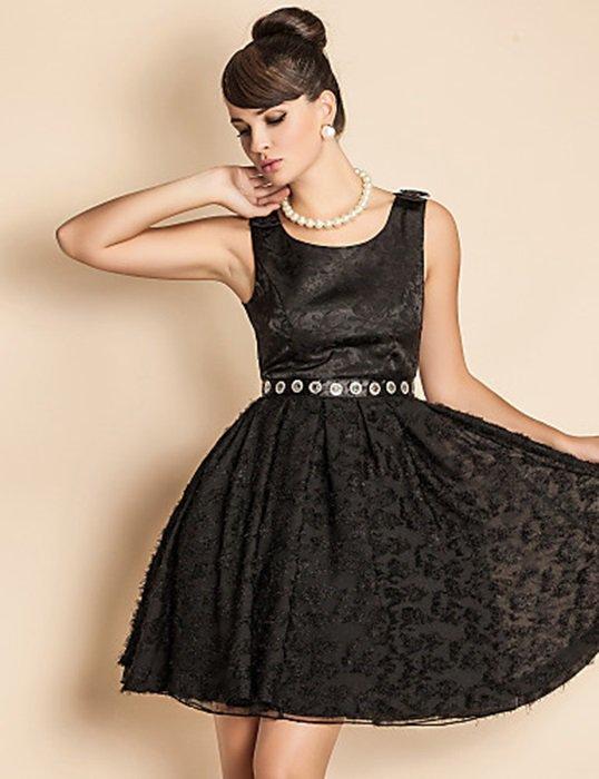 Luxurious Black Party Dress