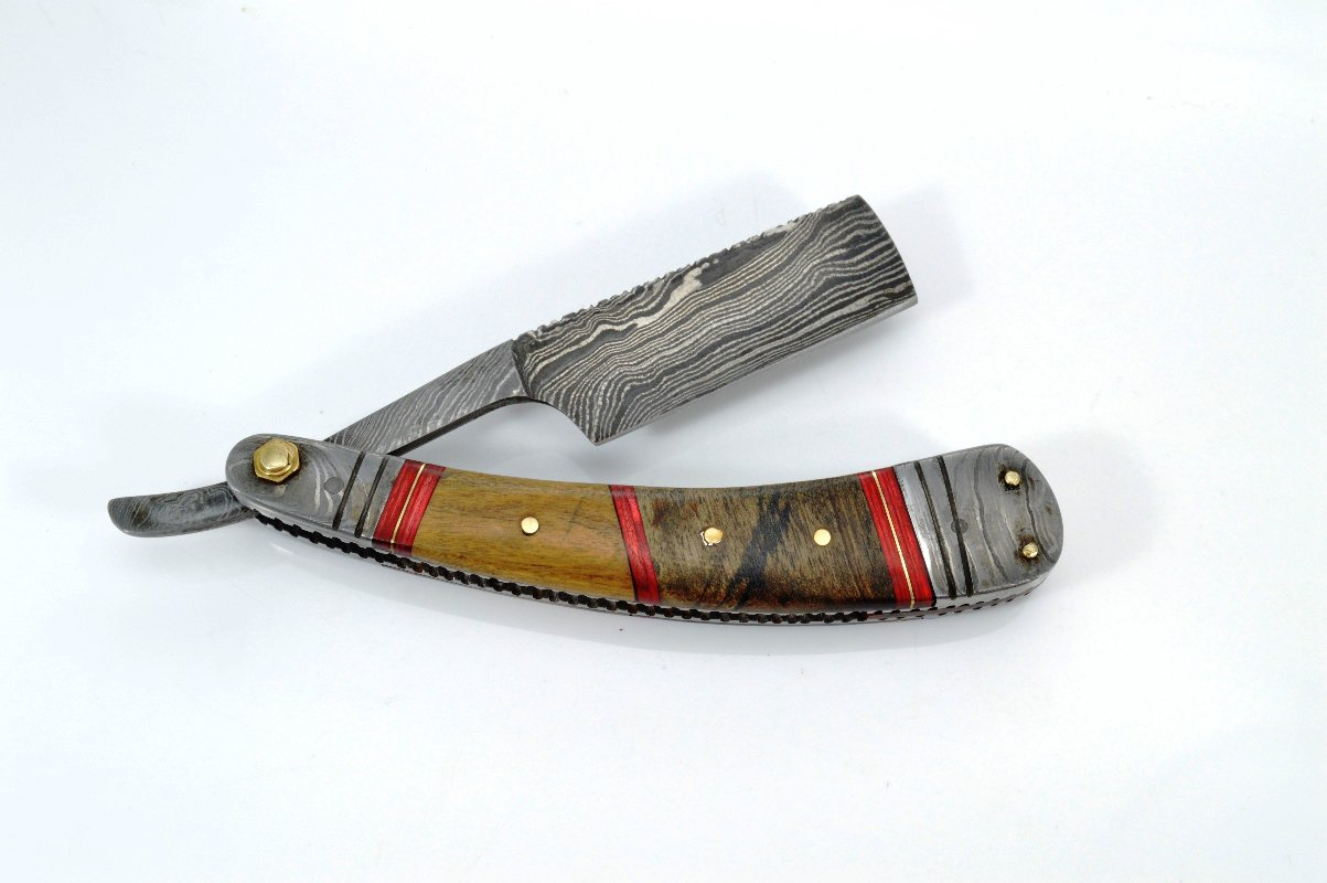 198 RD Straight Razor of Damascus Steel Blade with Walnut Wood and Olive Wood on Handle+Sheath
