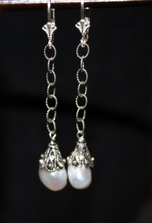 Pearl and Chain Earrings - DMD0250