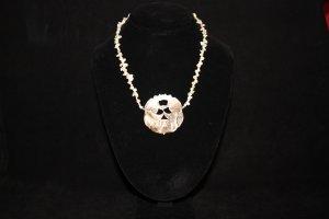 Kenya Pendant Necklace - DMD0352