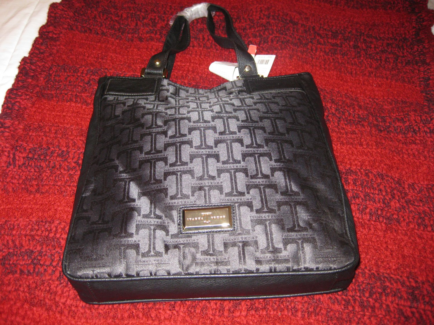 Sold*** Ivanka Trump Handbag Ava Shopper *** Sold***