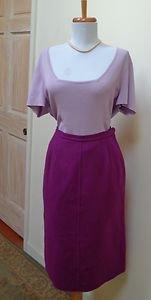 VGUC - SALVATORE FERRAGAMO Dark Magenta 100% Wool Straight/Pencil Skirt - Size M