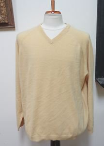 EUC - COVINGTON Yellow 100% Cashmere V-Neck Sweater - Size XL (46-48)