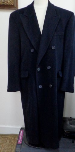 EUC - LORD & TAYLOR NAVY BLUE 100% WOOL DOUBLE BREASTED COAT - SIZE 42R
