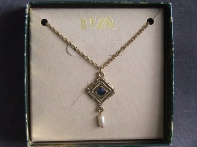1928 Jewelry Company Victorian Inspired Necklace with a Faux Pearl Drip