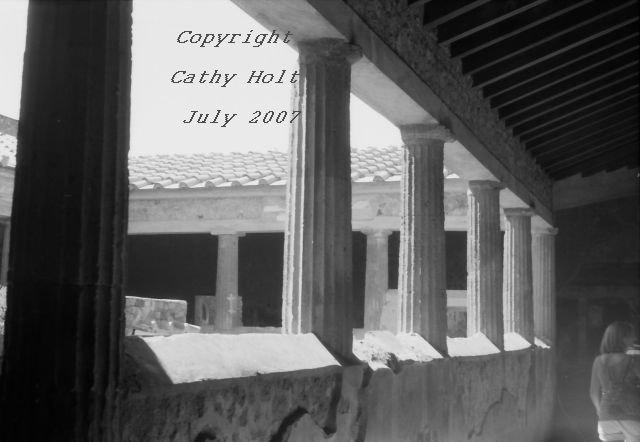 Pompeii Open Door Hallway
