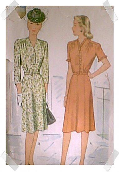 McCalls Woman's / Ladies / Misses Shirtwaist Dress Pattern #5680 c.1944