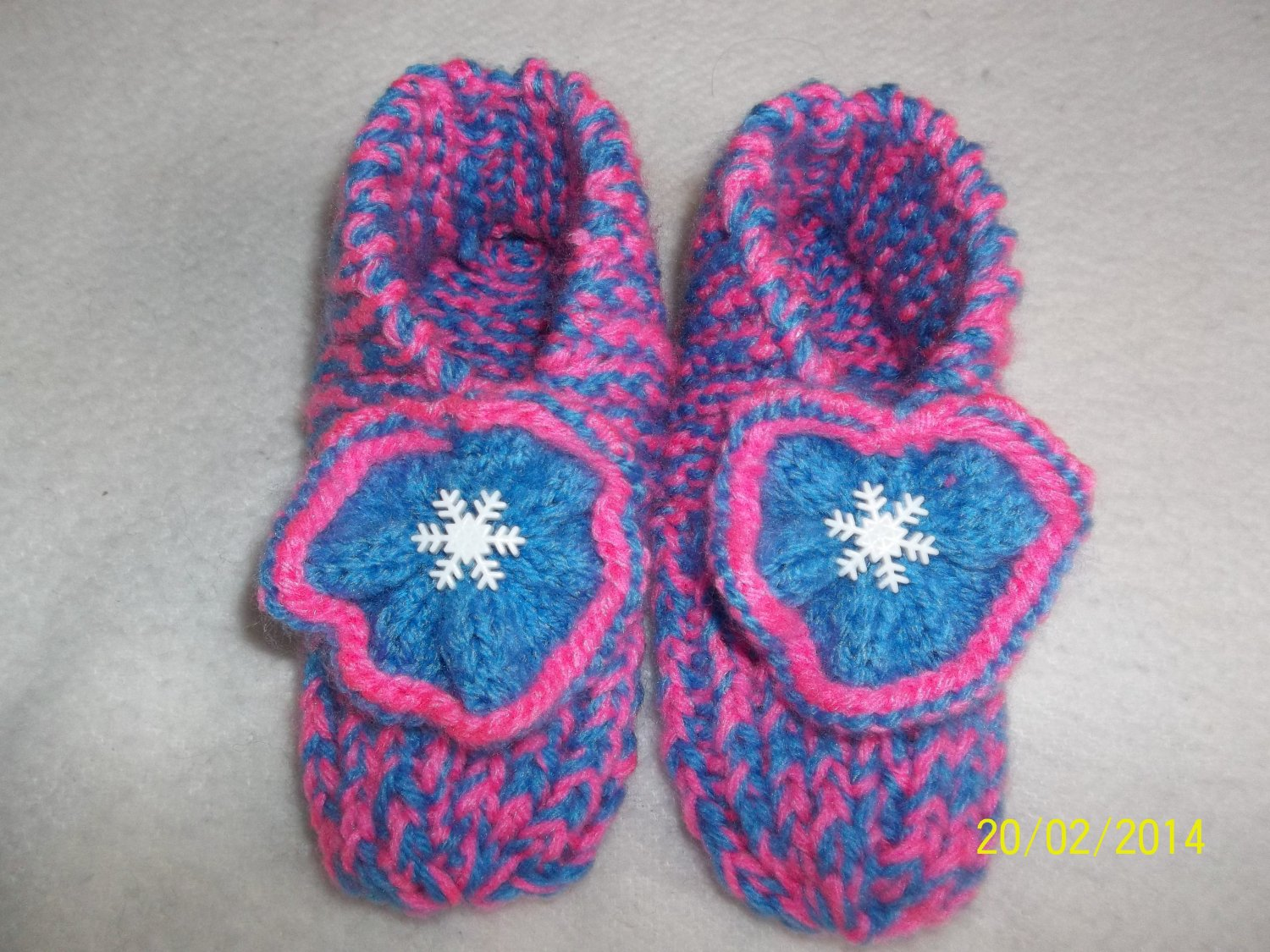 Girls Snowflake Knitted Slippers