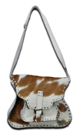 Woman shoulder bags, ladies hand bags, leather wallets. Ladies leather wallets and purses.