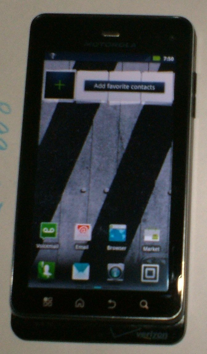 Motorola Droid 3 XT862 (Verizon) Smartphone with USB cable
