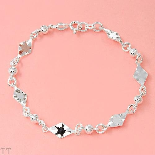 Ladies Bracelet in Sterling Silver (7 inches)